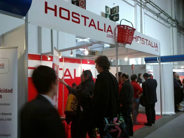 visitantes-stand-hostalia-eshow-barcelona-2012